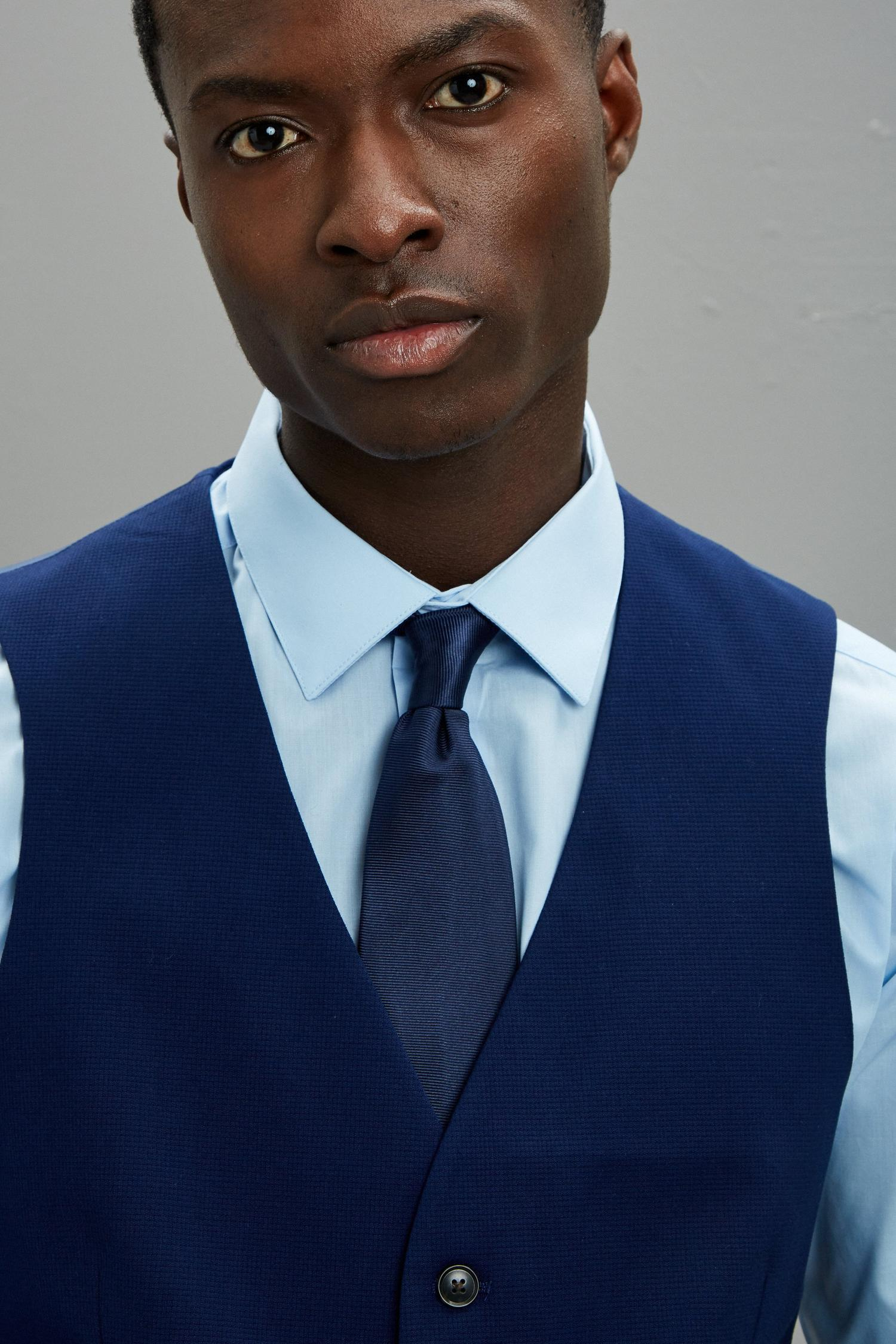 148 Blue Texture Skinny Fit Suit Waistcoat image number 4