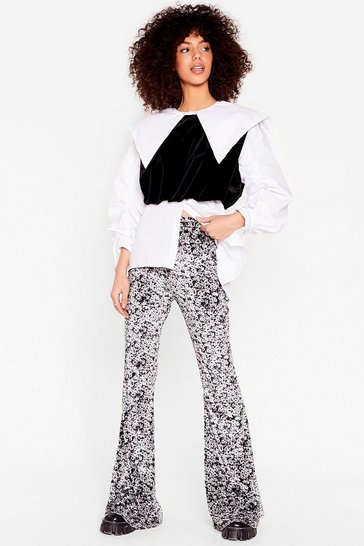 Mono We're Growing All Out Floral Velvet Flare Pants