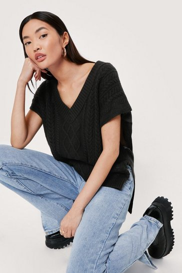 Black Cable Knit Cropped V Neck Tank Top