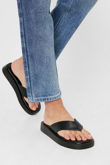 Black Faux Leather Toe Thong Flatform Slider