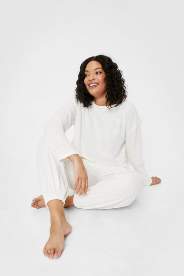 Cream Plus Size Velvet Top And Sweatpants Lounge Set