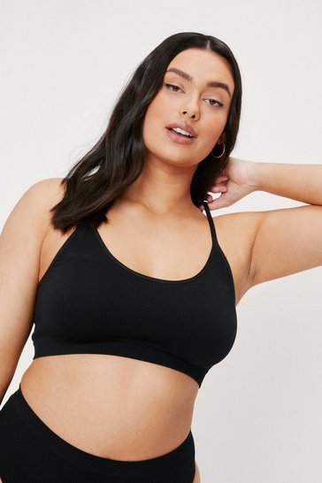 Black Plus Size Scoop Neck Ribbed Bralette