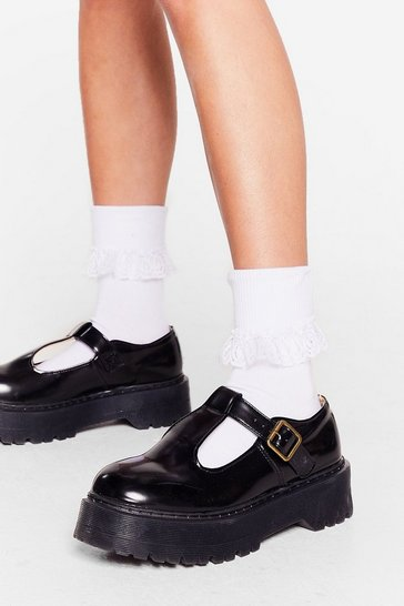 White Total Frill-seeker Lace Ankle Socks