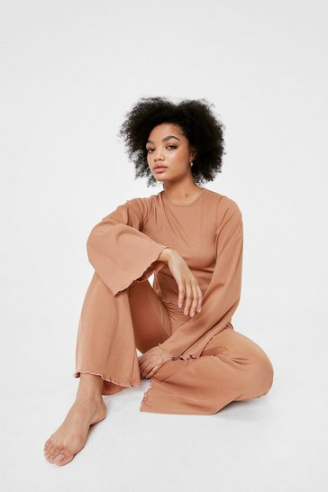 Biscuit Petite Scalloped Trim Loungewear Set