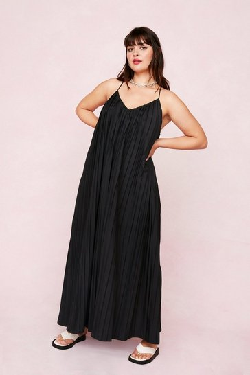 Black Plus Size Pleated Strappy Maxi Dress
