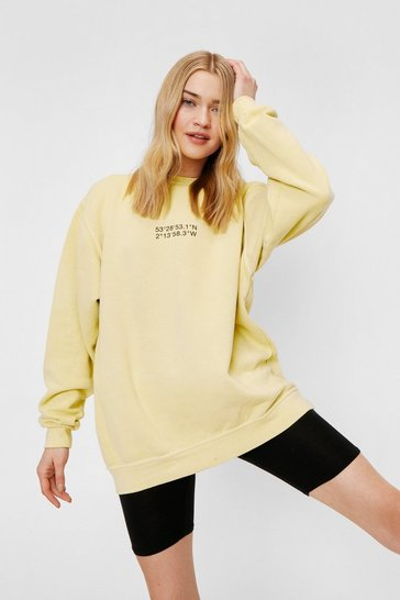 Lemon Location Oversized Crew Neck Graphic Sweatshirt