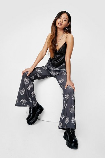 Black Petite Floral Print High Waisted Flare Pants
