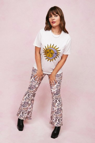 White Plus Size Sun and Moon Oversized Graphic T-Shirt