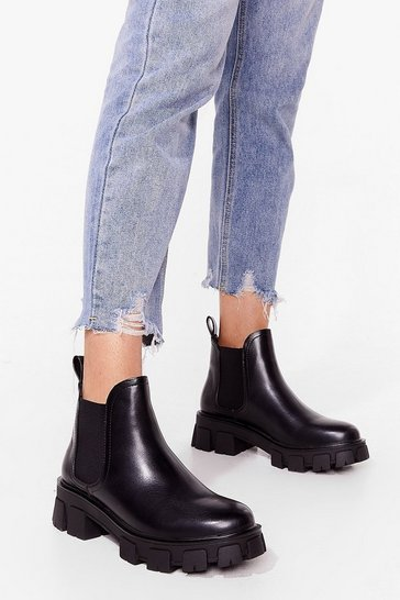 Black Cover Ground Cleated Chelsea Boots