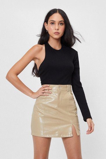 Black Get Even Asymmetric One Shoulder Top