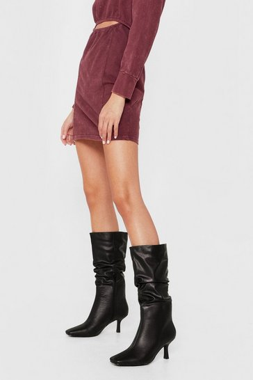 Black Slouchy Calf-High Heeled Boots