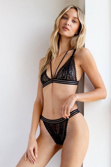 Black Set the Lace Strappy Bralette and Panty Set