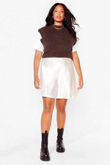 Cream Plus Size Satin Zip Close Mini Skirt