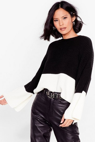 Black Round the Colorblock Cropped Knit Sweater