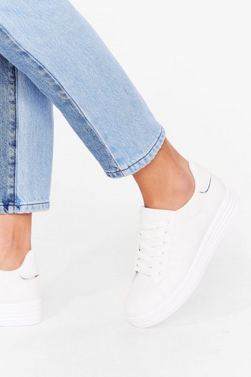White Platform a Queue Faux Leather Trainers