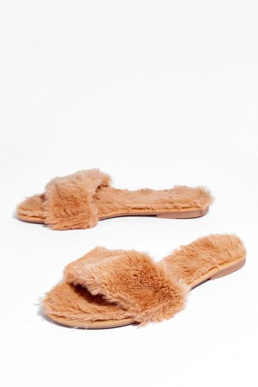 Camel Come So Faux Fur Slip-on Slippers