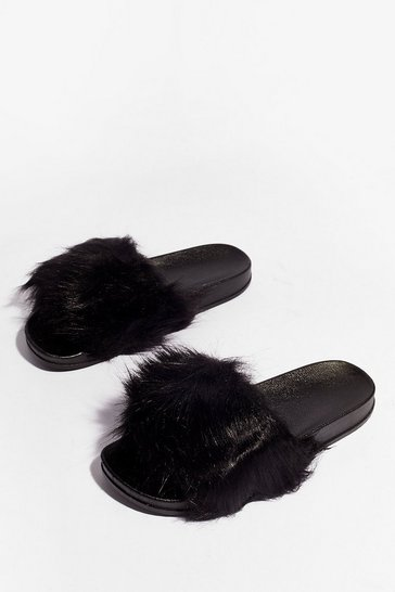 Black Ready Faux Fur Our Close Up Moulded Sliders