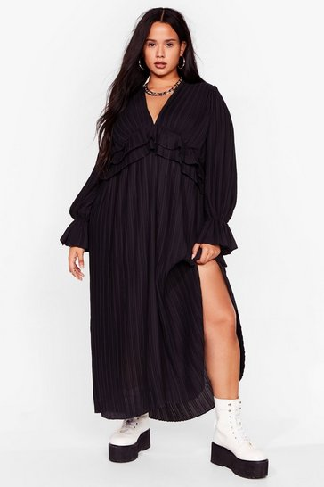 Black Attention Pleat Plus Maxi Dress