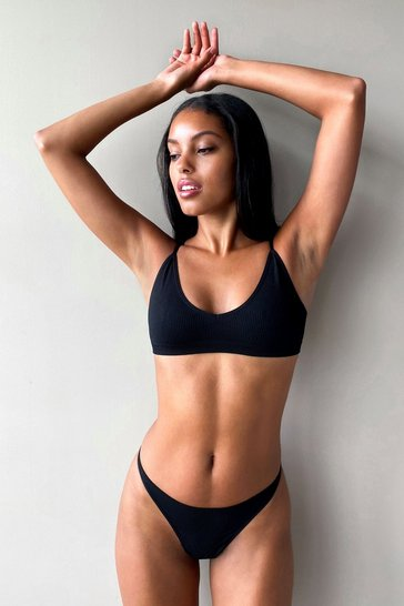 Black Seamless Ribbed V Neck Bralette