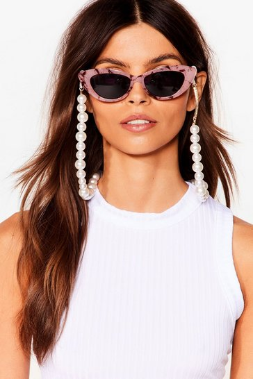White Breakfast at Tiffany's Pearl Sunglasses Chain