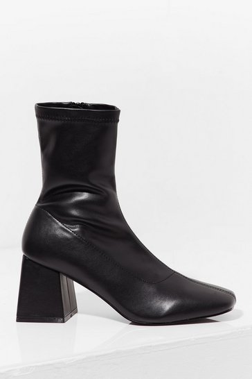 Black Flares the Party Faux Leather Heeled Boots
