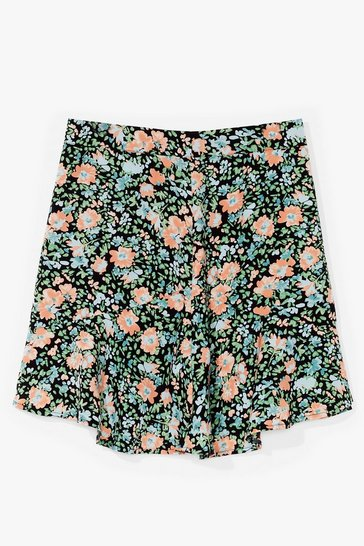 Black Call Me Phoebe Bouquet Floral Mini Skirt