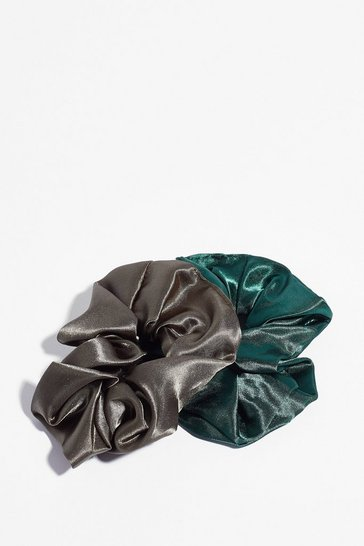 Green Thanks a Scrunch Satin 2-Pc Scrunchie Set
