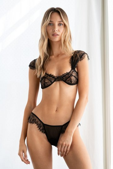 Black Lace Get It On Bralette and Panty Set