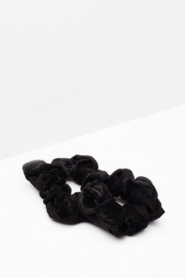 Black It's the Luxe Velvet 2-Pc Scrunchie Set