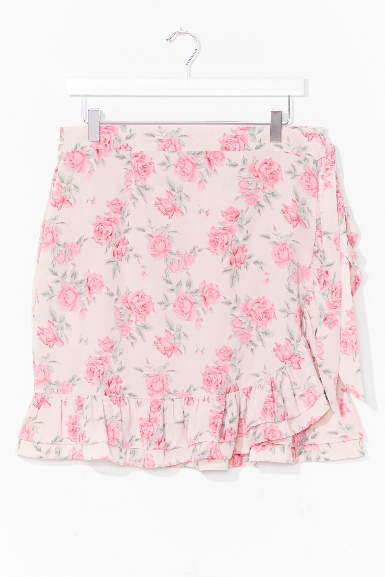 Bud Thing Going On Plus Floral Mini Skirt 8