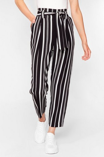 Black Stripe a Pose Belted Tapered Pants