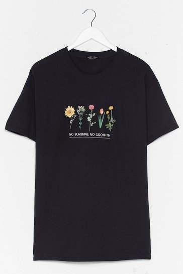 Black Plus Size Floral Graphic T-Shirt