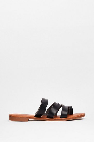 Black From Head to Toe Flat Strappy Sandals