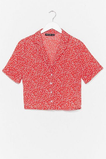 Red Take a Stalk Floral Cropped Shirt