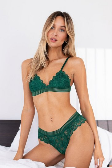 Emerald Scallop Edge Lace Lingerie Set