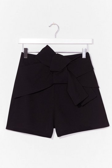 Black  Bow Front Short