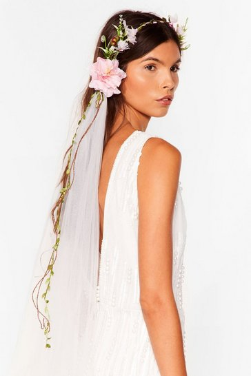 White Put a Spring on It Floral Bridal Veil