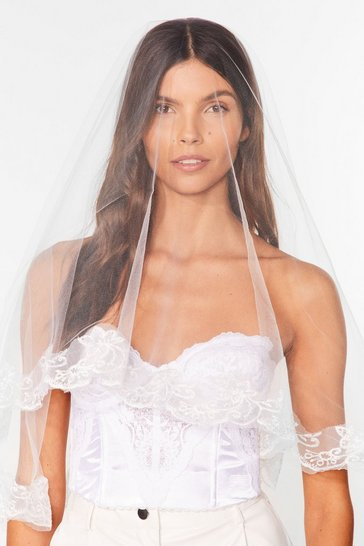 White Priscilla Lace Trim Veil