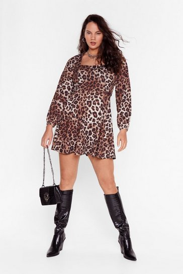Brown Plus Size Leopard Mini Dress with Cut-Out Back