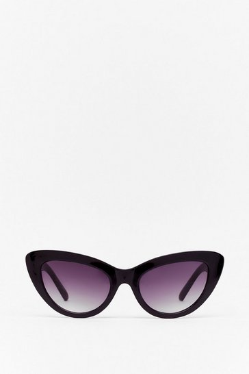 Black That Chain-ges Everything Cat-Eye Sunglasses