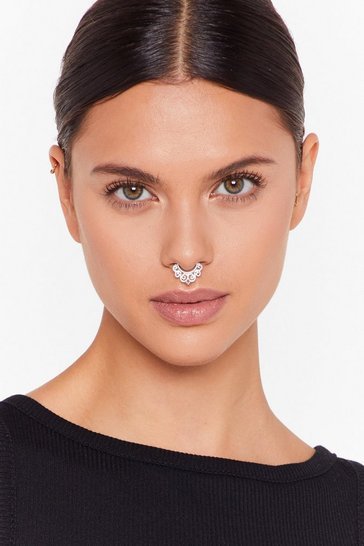 Womens Silver Who Nose Faux Septum Peircing Set