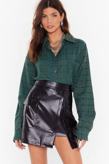 Womens Black Slip of the Lip Faux Leather Mini Skirt