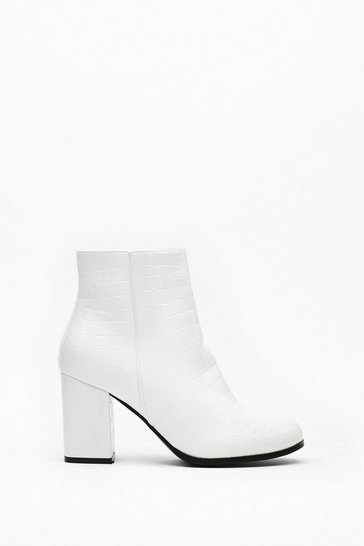Womens White Just Croc 'Em Faux Leather Ankle Boots