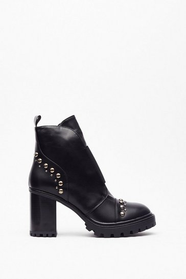 Womens Black Stud toe counter heeled biker boots