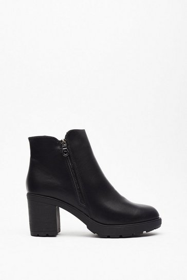 Womens Black Faux leather side zip heeled boots