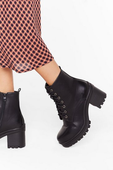 Womens Black Walk It Off Lace-Up Heeled Boots