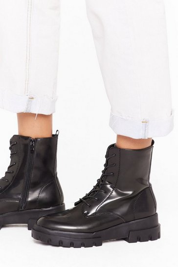 Womens Black Modern cleated sole worker boots