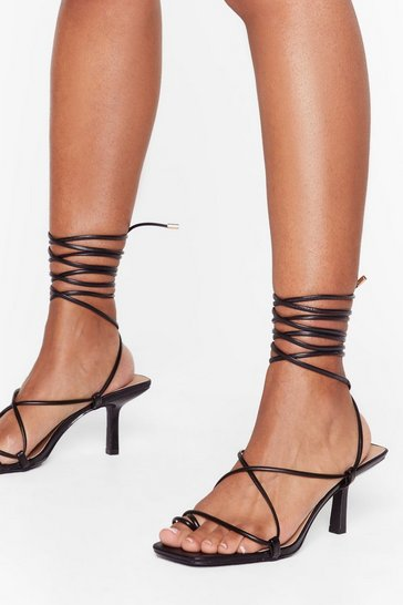 Black Tie to Pull It Toe-gether Faux Leather Kitten Heels