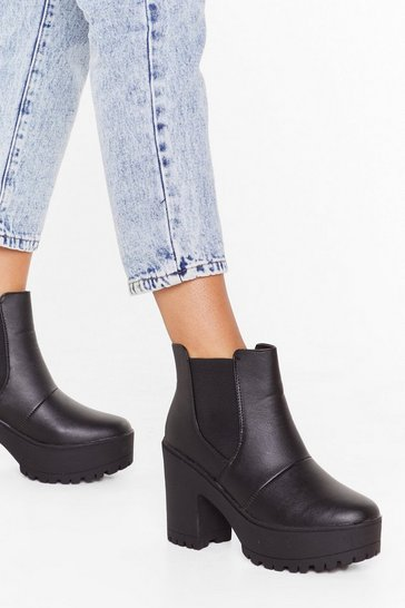Womens Black Faux leather cleated heeled chelsea boots