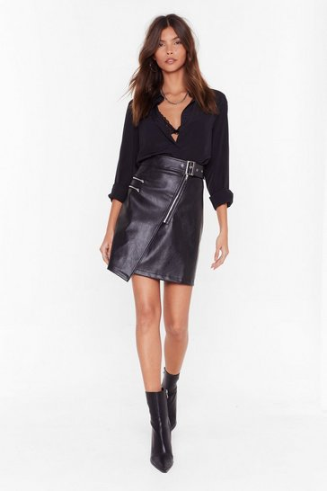Womens Black That's a Wrap Faux Leather Zip Mini Skirt